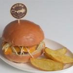 Buzina Burger com batatas rústicas / Reprodução